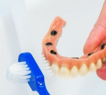 Guidelines for the Care and Maintenance of Dentures, TMJ Appliances and Nightguard